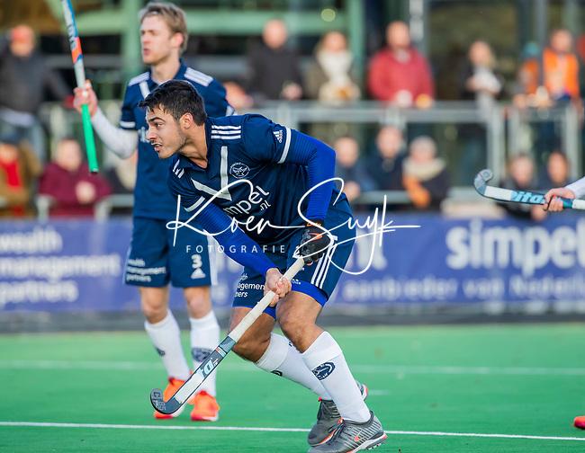 AMSTELVEEN - Alexander Hendrickx (Pinoke) scoort 1-0 uit een strafcorner,  tijdens de competitie hoofdklasse hockeywedstrijd heren, Pinoke-Amsterdam (1-1)   COPYRIGHT KOEN SUYK