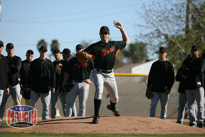 San Francisco Giants hurler Barry Zito works out at Scottsdale Stadium in Scottsdale, AZ on March 3, 2007. Photo by Brad Mangin / Sports Illustrated