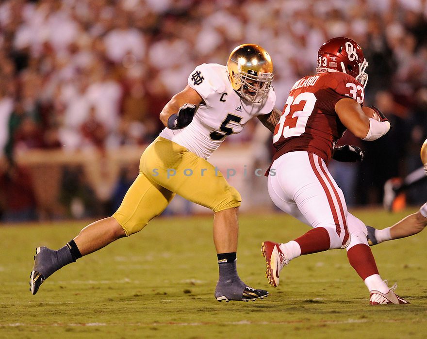 Notre Dame Fighting Irish Manti Te'o (5) in action during a game against Oklahoma on October 27, 2012 at Gaylord Family Oklahoma Memorial Stadium in Norman, OK. Notre Dame beat Oklahoma 30-13.