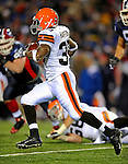 17 November 2008:  Cleveland Browns' running back Jerome Harrison rushes for a 72 yard touchdown in the 4th quarter against the Buffalo Bills at Ralph Wilson Stadium in Orchard Park, NY. The Browns defeated the Bills 29-27 in the Monday Night AFC matchup. *** Editorial Sales Only ****..Mandatory Photo Credit: Ed Wolfstein Photo