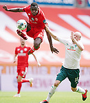 v.l. Moussa Niakhate (Mainz), Davy Klaassen<br /><br />Sport: Fussball: 1. Bundesliga:: nphgm001:  Saison 19/20: 33. Spieltag: 1. FSV Mainz 05 vs SV Werder Bremen 20.06.2020<br />Foto: Wagner/Witters/Pool//via gumzmedia/nordphoto<br /><br /><br /> DFL REGULATIONS PROHIBIT ANY USE OF PHOTOGRAPHS AS IMAGE SEQUENCES AND OR QUASI VIDEO<br />EDITORIAL USE ONLY<br />NATIONAL AND INTERNATIONAL NEWS AGENCIES OUT
