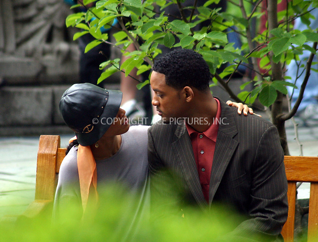"Actor Will Smith was filming in the zoo in Central Park, New York City, for his new movie ""Last First Kiss"". His wife Jada Pinkett Smith joined him there and they found something to keep both of them entertained during breaks in filming. New York City. May 19 2004. Please byline: BRIAN FLANNERY/ ACE Pictures.   ..*PAY-PER-USE*      ....IMPORTANT: Please note that our old trade name, NEW YORK PHOTO PRESS (NYPP), is replaced by our new name, ACE PICTURES. New York Photo Press and ACE Pictures are owned by All Celebrity Entertainment, Inc.......All Celebrity Entertainment, Inc:  ..contact: Alecsey Boldeskul (646) 267-6913 ..Philip Vaughan (646) 769-0430..e-mail: info@nyphotopress.com"