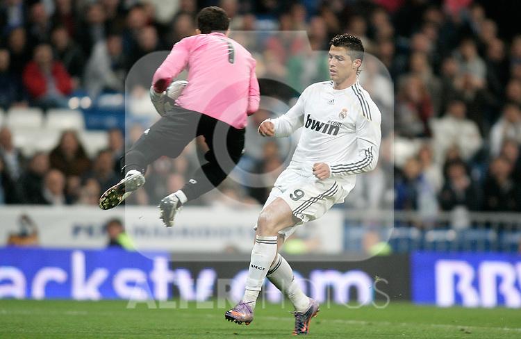 Real Madrid's Cristiano Ronaldo during La Liga match, April 18, 2010. (ALTERPHOTOS/Alvaro Hernandez).