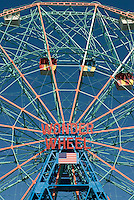THIS PHOTO IS AVAILABLE EXCLUSIVELY FROM GETTY IMAGES<br /> <br /> PLEASE SEARCH FOR IMAGE # 73930719 ON WWW.GETTYIMAGES.COM.<br /> <br /> The Wonder Wheel at Coney Island, Brooklyn, New York City, New York State, USA