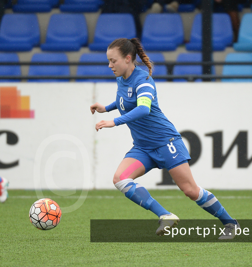 20160405  - Eibergen , NETHERLANDS : Finland's Olga Ahtinen  pictured during the soccer match between the women under 19 teams of Finland and Belarus , on the first matchday in group 3 of the UEFA Women Under19 Elite rounds in Eibergen , Netherlands. Tuesday 5 th April 2016 . PHOTO DIRK VUYLSTEKE / Sportpix.be