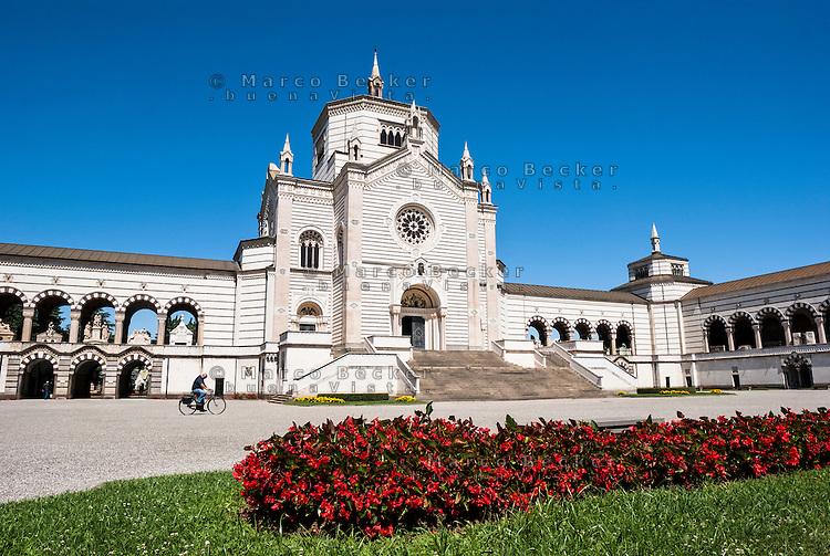 Milano, Cimitero Monumentale, il Famedio --- Milan, Monumental Cemetery, the memorial chapel