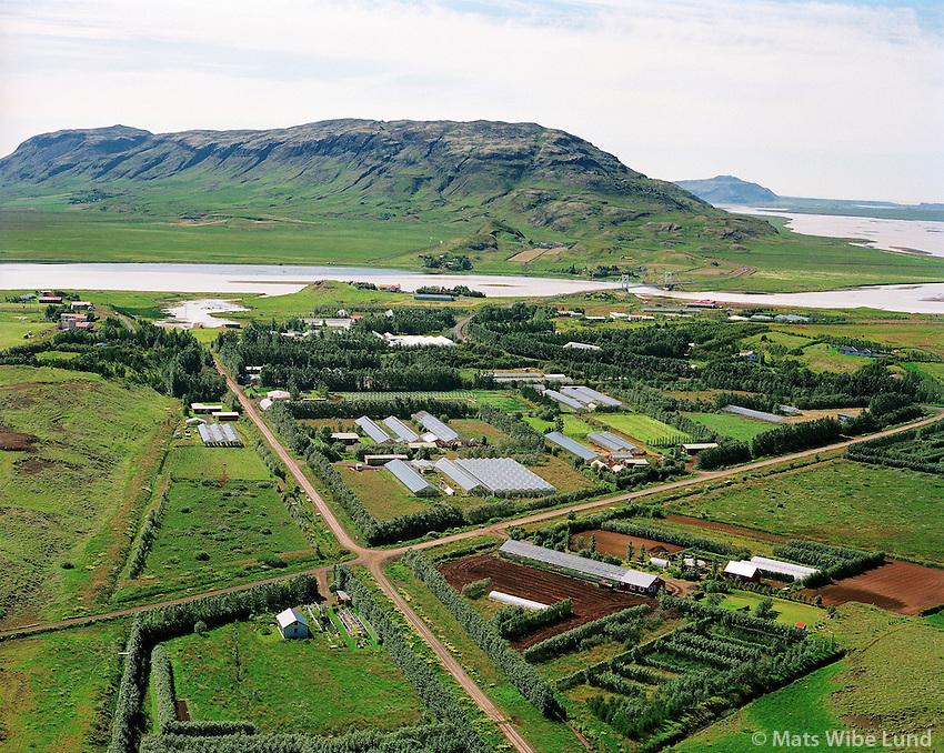 Laugarás, loftmynd séð til suðurs. Bláskógabyggð áður Biskupstungnahreppur / Laugaras, aerial viewing south. Blaskogabyggd former Biskupstungnahreppur