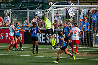 Kansas City, MO - Saturday September 9, 2017: Nicole Barnhart during a regular season National Women's Soccer League (NWSL) match between FC Kansas City and the Chicago Red Stars at Children's Mercy Victory Field.