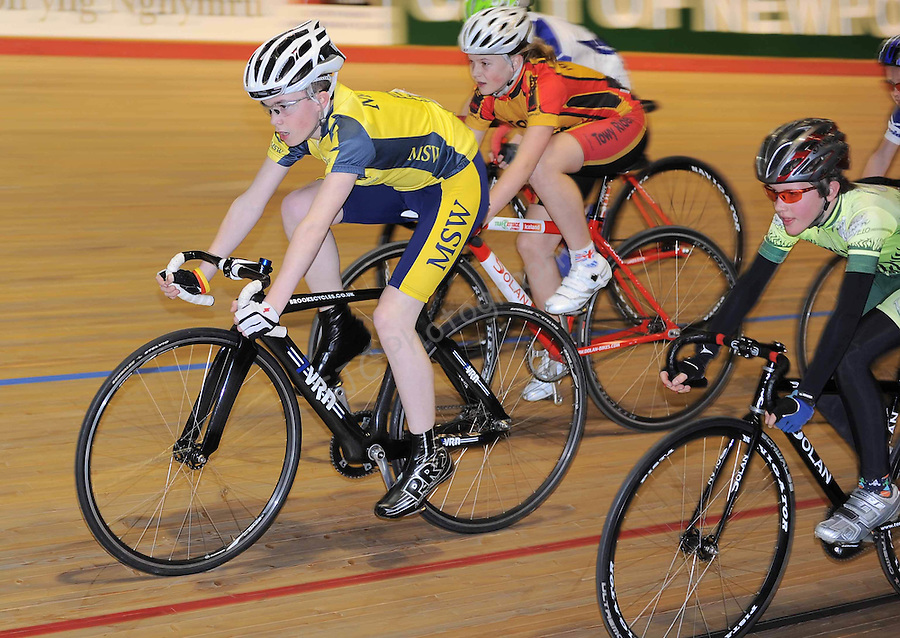 Icebreaker round 3 - Indoor Cycling .Date: Sat 20/03/2010,  .© Ian Cook IJC Photography, 07599826381, iancook@ijcphotography.co.uk,  www.ijcphotography.co.uk, .