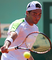 ALBERT MONTANES (ESP)..Tennis - Grand Slam - French Open- Roland Garros - Paris - Sat May 26th 2012..© AMN Images, 30, Cleveland Street, London, W1T 4JD.Tel - +44 20 7907 6387.mfrey@advantagemedianet.com.www.amnimages.photoshelter.com.www.advantagemedianet.com.www.tennishead.net