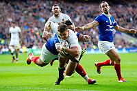 Henry Slade of England scores a try in the first half. Guinness Six Nations match between England and France on February 10, 2019 at Twickenham Stadium in London, England. Photo by: Patrick Khachfe / Onside Images
