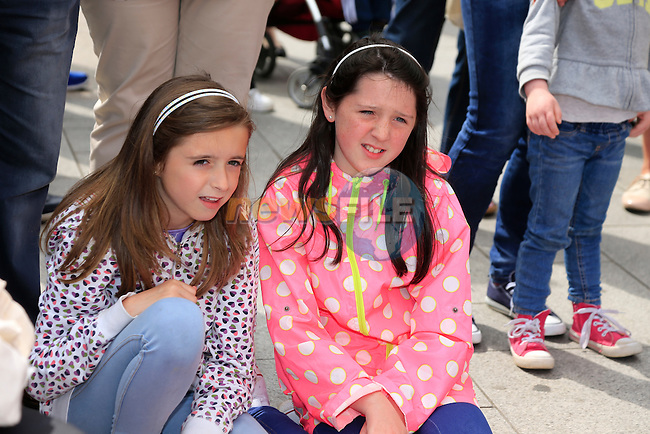 Ellen Brady and Ella Pepper at the Samba festival in West street<br /> Picture:  Fran Caffrey www.newsfile.ie
