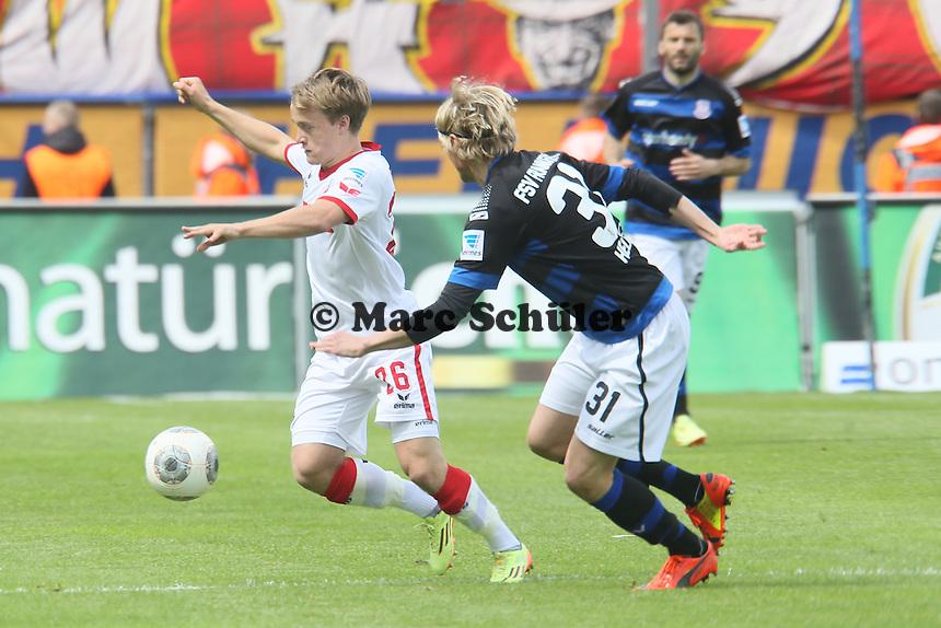 Brad Finne (Köln) gegen Tim Heubach (FSV)- FSV Frankfurt vs. 1. FC Koeln, Frankfurter Volksbank Stadion