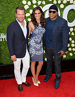 Chris O'Donnell, Liza Snyder &amp; LL Cool J at CBS TV's Summer Soiree at CBS TV Studios, Studio City, CA, USA 01 Aug. 2017<br /> Picture: Paul Smith/Featureflash/SilverHub 0208 004 5359 sales@silverhubmedia.com
