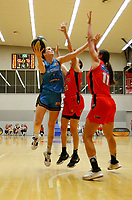 29th December 2019; Bendat Basketball Centre, Perth, Western Australia, Australia; Womens National Basketball League Australia, Perth Lynx versus Canberra Capitals; Keely Froling of the Canberra Capitals lays up at the basket against the Lynx defence - Editorial Use