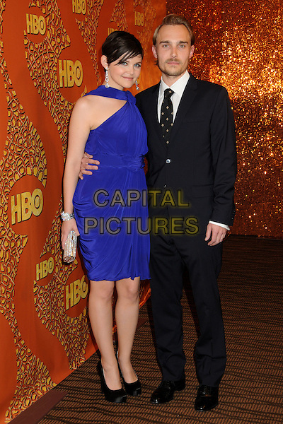 GINNIFER GOODWIN & JOEY KERN.HBO's 2010 67th Golden Globe Awards Post Party held at the Beverly Hilton Hotel, Beverly Hills, California, USA..January 17th, 2009.globes full length purple blue dress suit couple silver clutch bag black shoes.CAP/ADM/BP.©Byron Purvis/Admedia/Capital Pictures