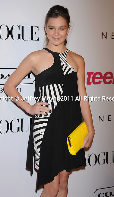 HOLLYWOOD, CA - SEPTEMBER 23: Hailee Steinfeld arrives at the 9th Annual Teen Vogue Young Hollywood Party at Paramount Studios on September 23, 2011 in Hollywood, California.