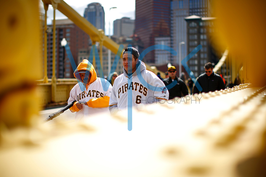 Fans make their way across the Roberto Clemente Bridge prior to the Opening Day game between the Pittsburgh Pirates and the St. Louis Cardinals at PNC Park in Pittsburgh, Pennsylvania on April 3, 2016. (Photo by Jared Wickerham / DKPS)