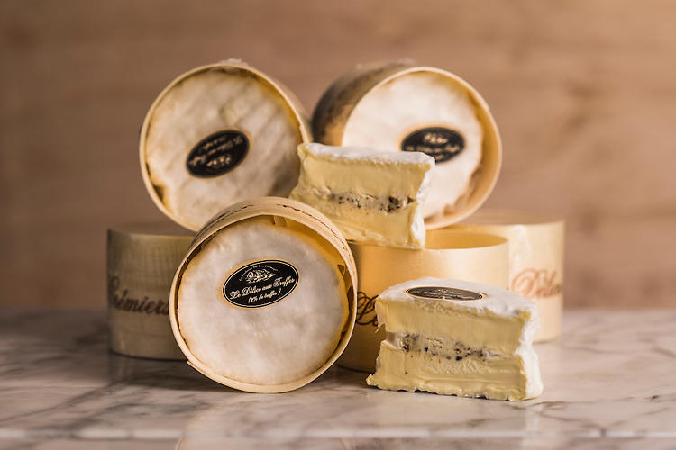Say Cheese Product shots , Smelly Cheese shop, Le Delice aux Truffes Photo: Nick Clayton