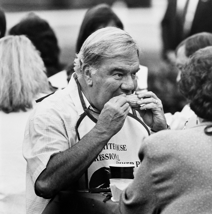 Rep. Carroll Hubbard, D-Ky. having corn on the cob at White House Congressional BBQ on June 10, 1991. (Photo by Laura Patterson/CQ Roll Call)