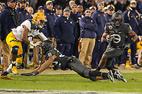 Baltimore, MD - December 10, 2016: Army Black Knights running back Jordan Asberry (3) runs the ball during game between Army and Navy at  M&T Bank Stadium in Baltimore, MD.   (Photo by Elliott Brown/Media Images International)