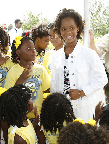 NEW ORLEANS, LA - JULY 3: Actress Quvenzhane Wallis with dancers at the 2015 Essence Festival Day of Service at a Walmart location on July 2, 2015 in New Orleans, Louisiana. Credit: STFM/MediaPunch