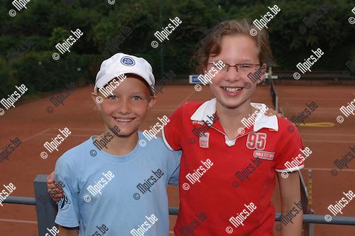 Meisjes 12/3 Kromveld <br />Laura Liekens en Elien De Laet