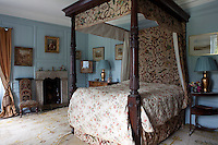 Bishop Leslies's Room, named after the eighteenth century Bishop of Limerick, is furnished with a four-poster bed with elaborate crewelwork bed hangings