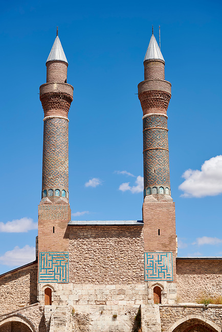 The Gökmedrese or Gök Medrese built in 1271 by Vizier Ata Faahreddin Ali. Above the crown door are two minarets with a bow and single cone decorated with glazed bricks and tiles. Sivas, Turkey