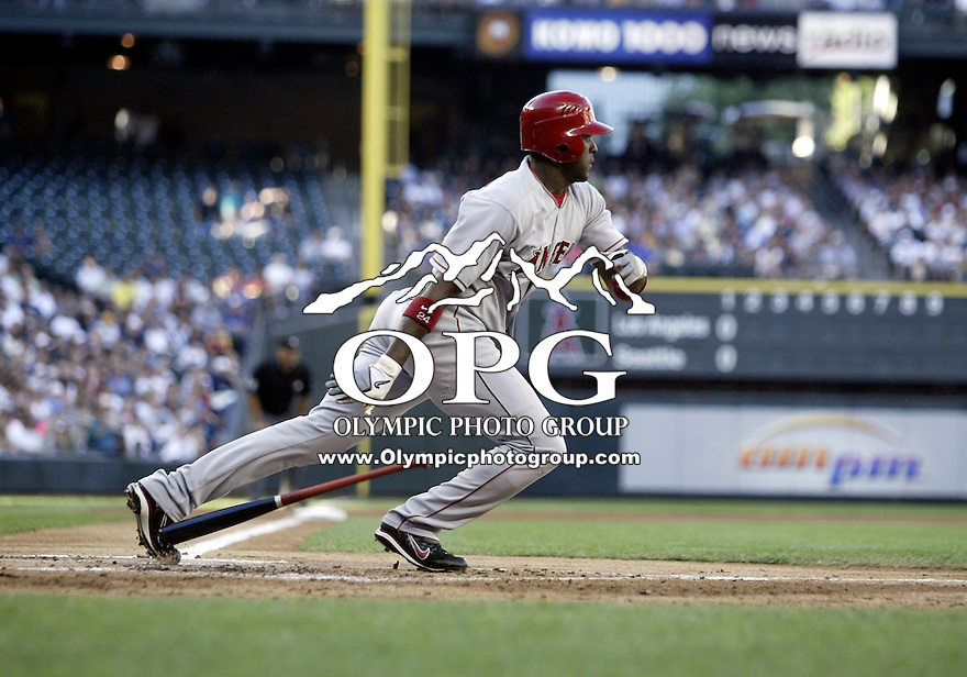01 August 2007:   Gary Matthews Jr. races out of the batters box after connecting for a base hit at Safeco Field against the Seattle Mariners. Seattle won 8-7 in 12 innings.