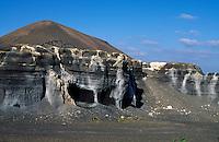 Spanien, Kanarische Inseln, Lanzarote, Lapilli-Abbau (Steinbruch) bei El Mojon