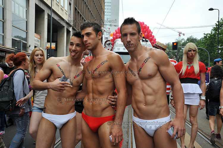 tuina gay milano