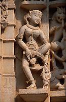 Indien, Rajasthan, Ranakpur, Detail an Jain Tempel