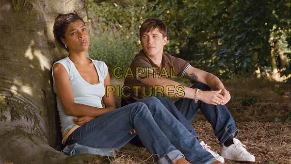 Sophie Okonedo & Tom Hardy.in Scenes of A Sexual Nature .*Filmstill - Editorial Use Only*.CAP/PLF.Supplied by Capital Pictures.