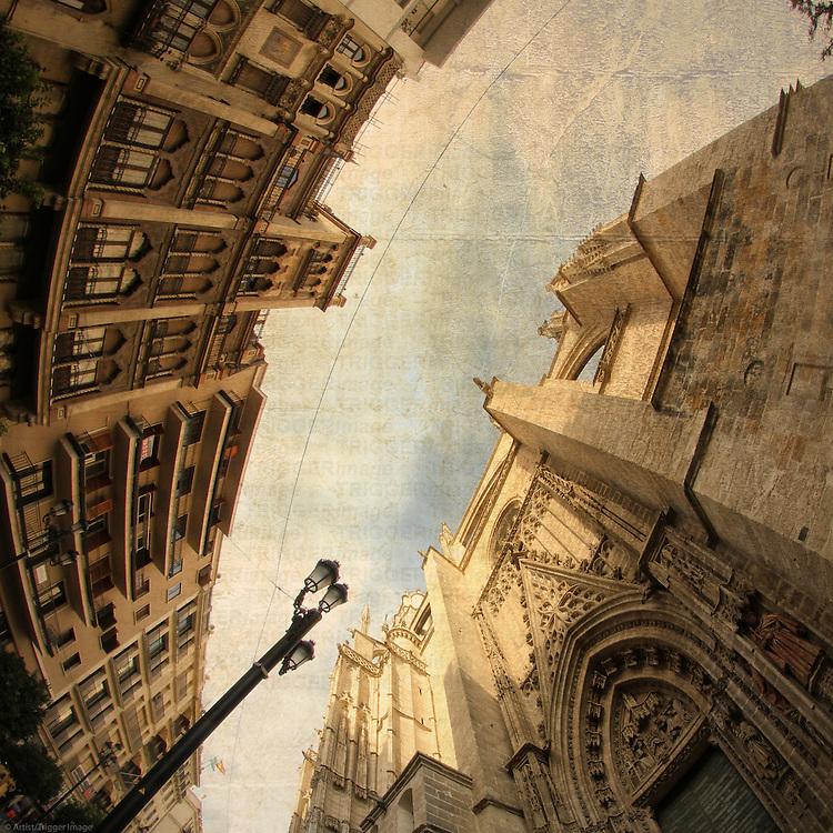 Sevilla, Catedral, Puerta de San Miguel - Avenida de la Constitution