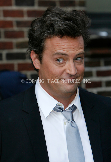 WWW.ACEPIXS.COM..April 16 2009, New York City..Actor Matthew Perry made an appearance at the 'Late show with David Letterman' at the Ed Sullivan Theatre on April 16 2009 in New York City...Please byline: Nancy Rivera - ACEPIXS.COM...*** ***...Ace Pictures, Inc.tel: (212) 243 8787.e-mail: info@acepixs.com.web: http://www.acepixs.com..