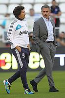 MADRI, ESPANHA, 24 SETEMBRO 2012 - CAMP. ESPANHOL - RVL X MAD - Jose Mourinho (D)  jogador do Real Madrid durante lance de partida contra o Rayo Valecano, no estadio Teresa Rivero em Madri capital da Espanha, pela quinta rodada do campeonato espanhol nesta segunda-feira, 24. (FOTO: CESAR CEBOLLA / ALFAQUI / BRAZIL PHOTO PRESS).