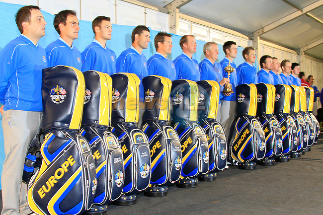 European Team pictures in the caddy car shed during Practice Day 2 at the 2010 Ryder Cup at the Celtic Manor Twenty Ten Course, Newport, Wales, 29th September 2010..(Picture Eoin Clarke/www.golffile.ie)