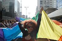 SAO PAULO, SP, 03.05.2014 -Caminhada das Lesbicas, Bissexuais, Feministas e  acontece na tarde deste sabado (03) na Avenida Paulista em São Paulo. (Foto: Amauri Nehn / Brazil Proto Press).