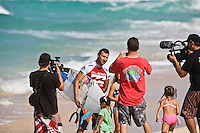JOEL PARKINSON (AUS)  after scoring two perfect 10 point rides in his heat of the Billabong Pipeline Masters today Wednesday December 10, 2008. Slater and Parkinson are the only two surfers in ASP history to share perfect 20 point heat score. SHANE BESCHEN (HAW)  scored a perfect 30 point heat score when the surfers were judged on three rides. The Billabong Pipeline Masters is the last event on the 2008  ASP World Championship Tour with US$320.000 total prize purse. The event has a waiting period from December 8-20 2008. Pipeline on the North Shore of Oahu, Hawaii is the location for this prestigious event. Photo: joliphotos.com