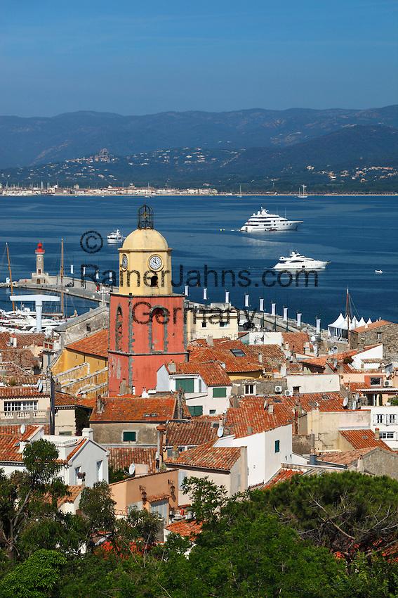 France, Provence-Alpes-Côte d'Azur, Saint-Tropez: View over old town   Frankreich, Provence-Alpes-Côte d'Azur, Saint-Tropez: Blick ueber die Altstadt