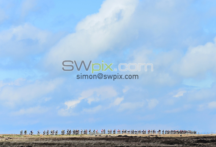 Picture by Alex Broadway/SWpix.com - 03/05/2015 - Cycling - 2015 Tour de Yorkshire: Stage 3, Wakefield to Leeds -