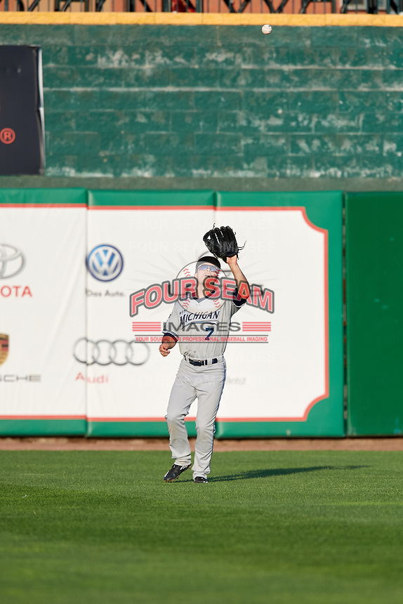 West Michigan Whitecaps right fielder Jacob Robson (7) settles under a fly ball during a game against the Peoria Chiefs on May 8, 2017 at Dozer Park in Peoria, Illinois.  West Michigan defeated Peoria 7-2.  (Mike Janes/Four Seam Images)