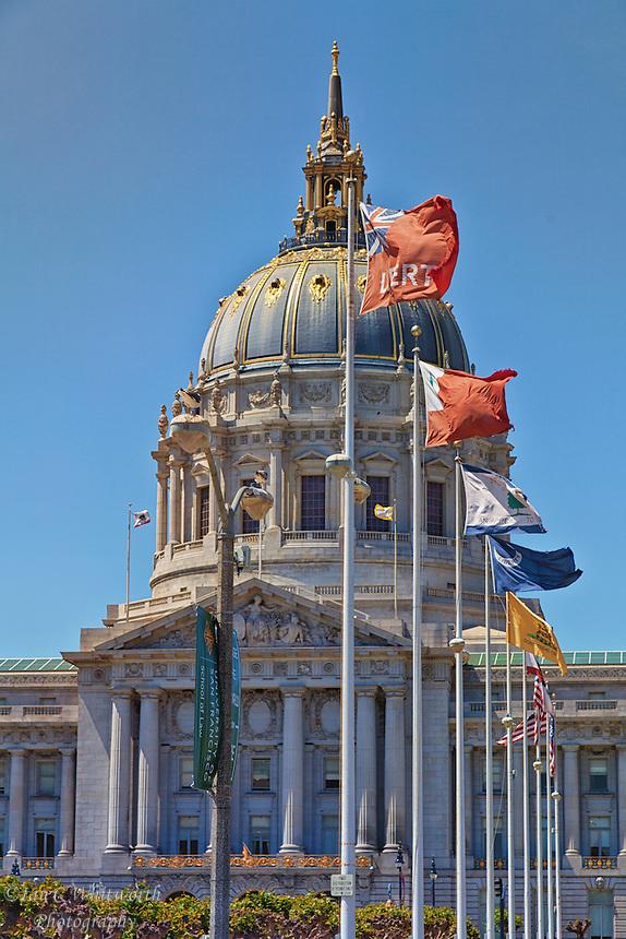 Looking at the San Francisco City Hall.