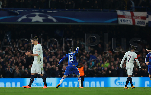 09.03.2016. Stamford Bridge, London, England. Champions League. Chelsea versus Paris Saint Germain. Chelsea Forward Diego Costa makes it 1-0, with a perfect strike past Paris St. Germain Goalkeeper Kevin Trapp, and celebrates in front of his fans, 1-1
