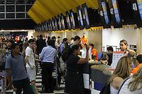 SAO PAULO, SP, 28-12-2012, MOV. AEROPORTO DE CONGONHAS. No inicio da manha dessa Sexta-feira (28) vespera do feriado prolongado do Reveilon, e grande a movimentacao no aeroporto de Congonhas na zona sul de Sao Paulo. Luiz Guarnieri/ Brazil Photo Press.