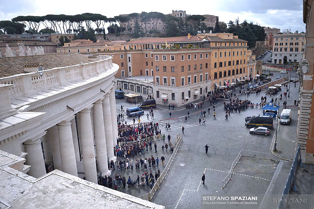 Checks with metal detectors at the entrance in St Peter's square at the Vatican.Pope Francis During the Easter Mass  in St. Peter's Square, at the Vatican.  1 April 2018