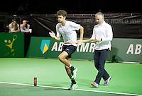 Februari 09, 2015, Netherlands, Rotterdam, Ahoy, ABN AMRO World Tennis Tournament, Warming up Robin Haase<br /> Photo: Tennisimages/Henk Koster