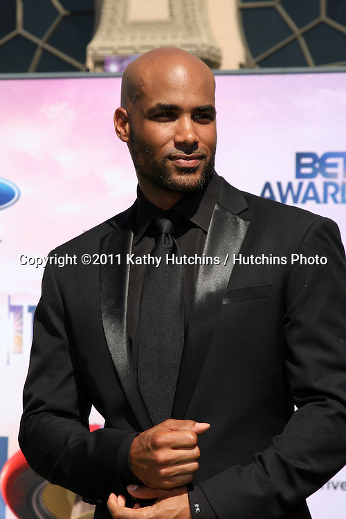 LOS ANGELES - JUN 26:  Boris Kodjoe arriving at the 11th Annual BET Awards at Shrine Auditorium on June 26, 2004 in Los Angeles, CA
