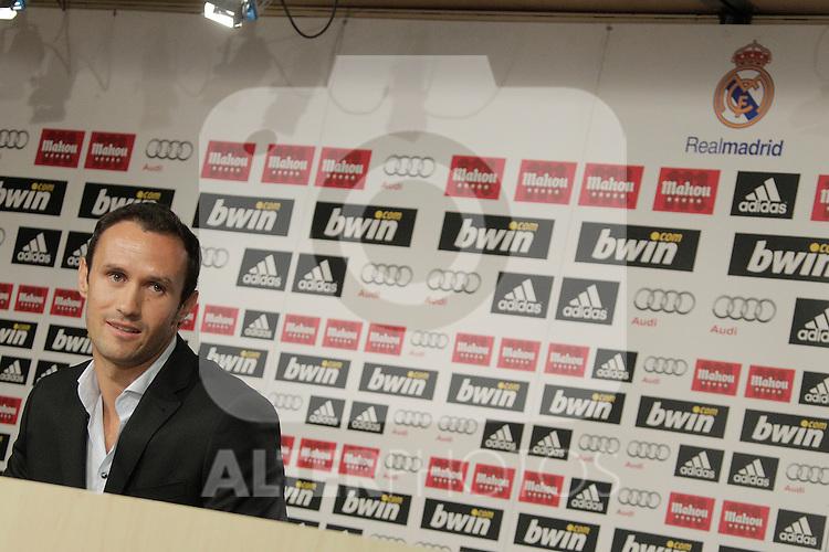MADRID (12/08/2010).- Ricardo Carvalho press conference as new Real Madrid player...Photo: Cesar Cebolla / ALFAQUI